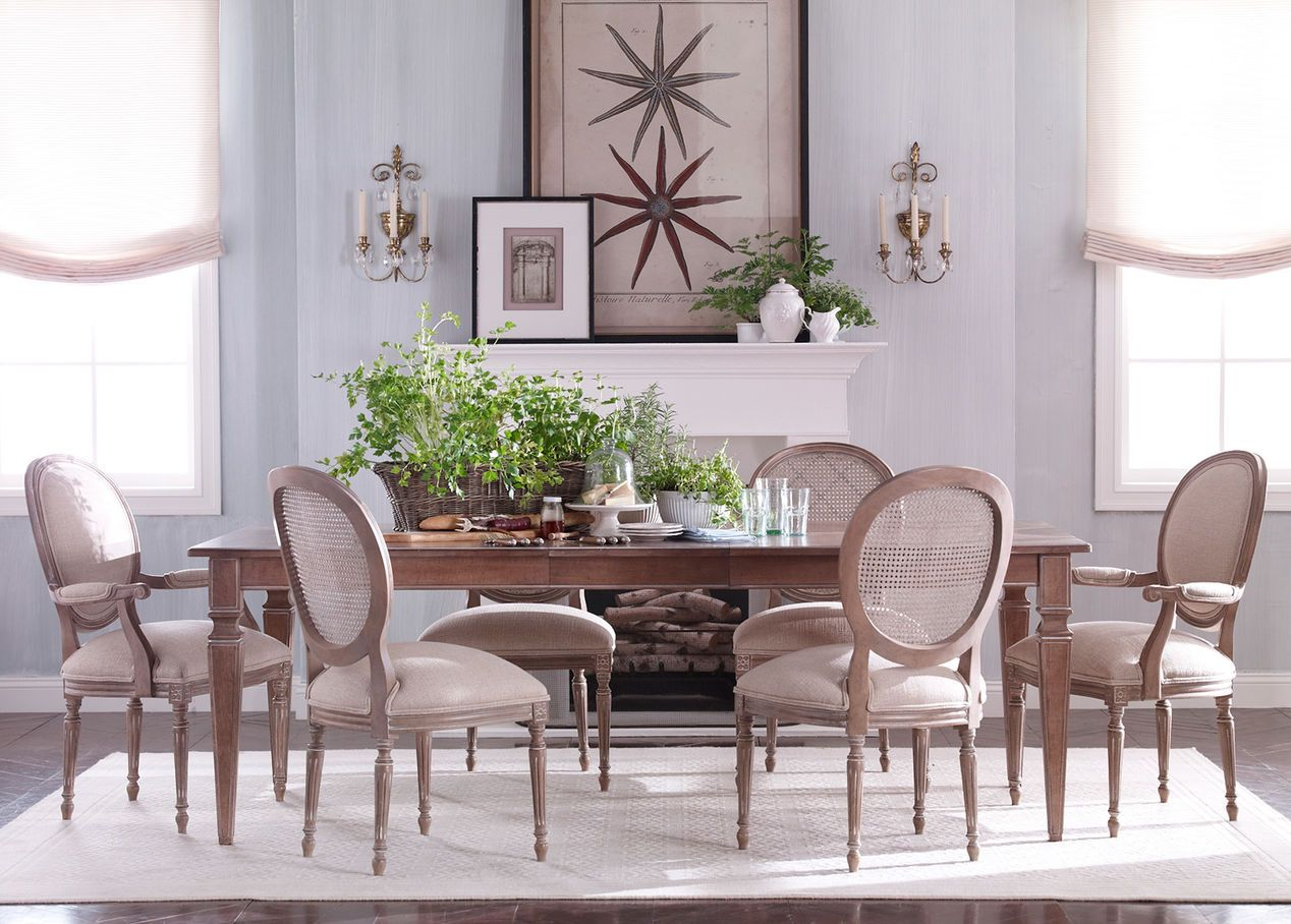 Avery extension dining table ethan allen dining room for Ethan allen dining room