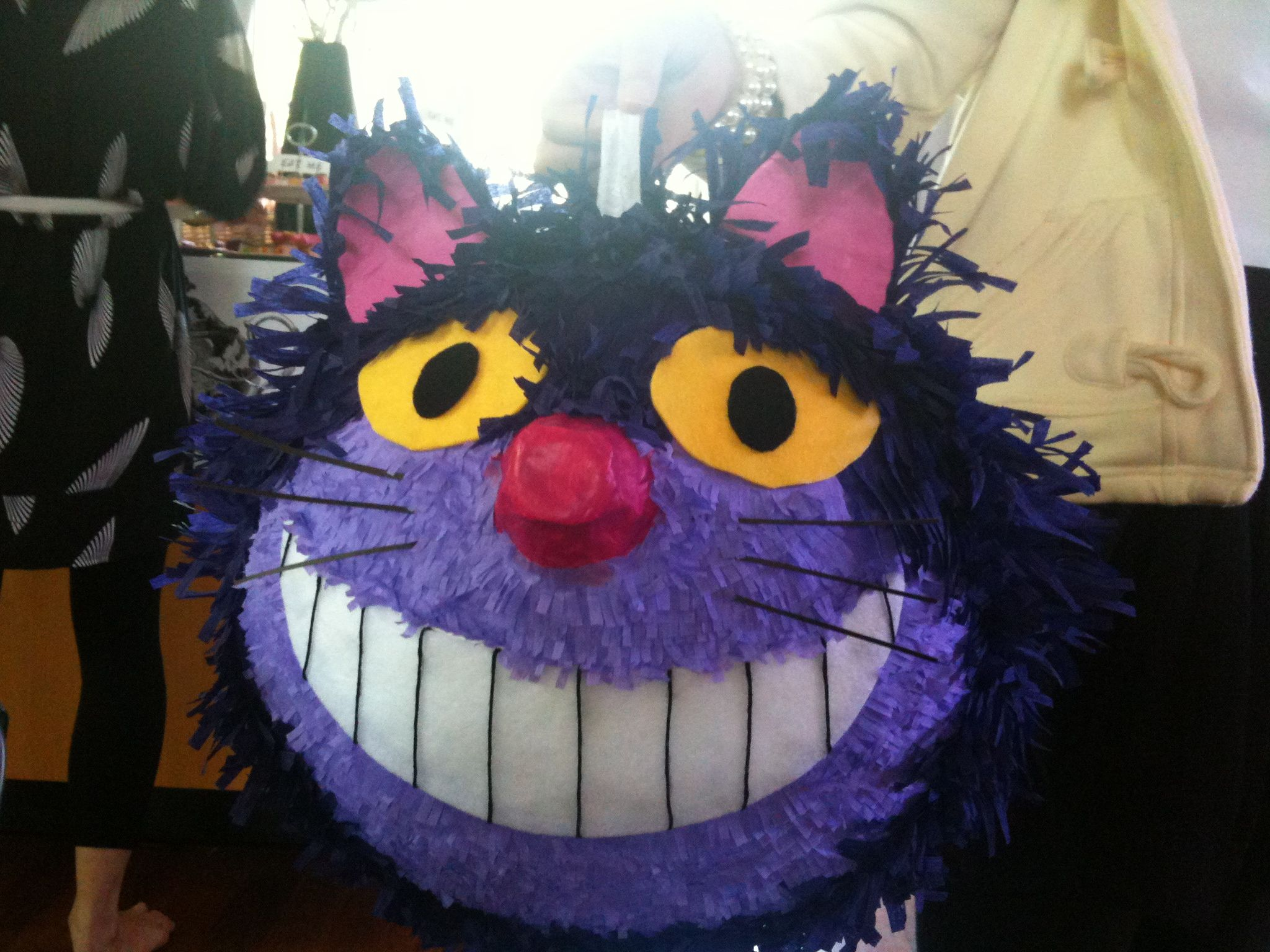 how to make alice in wonderland pinata