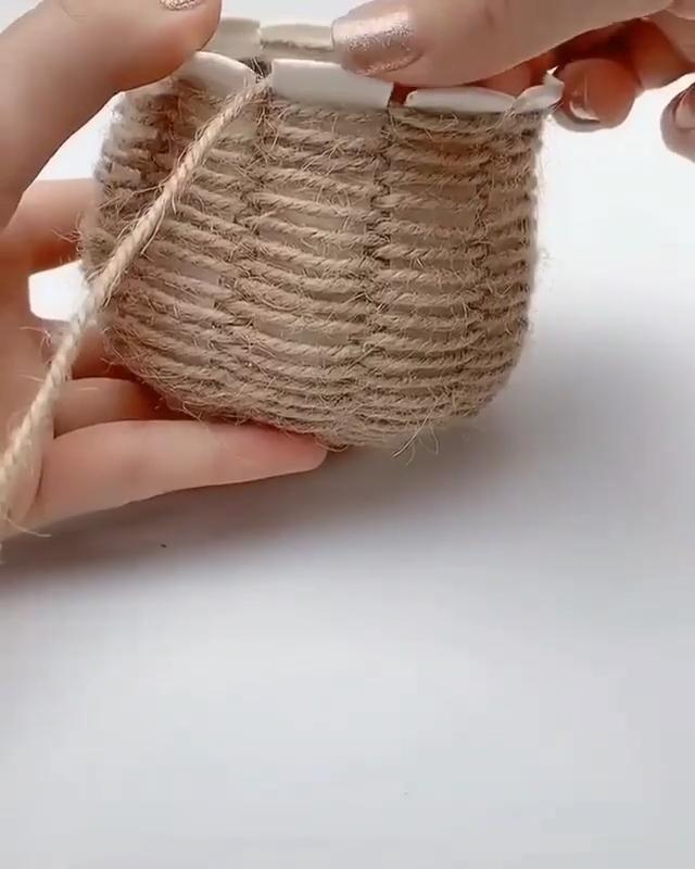 Diy aesthetic vase - plastic cup crafts string crafts ...