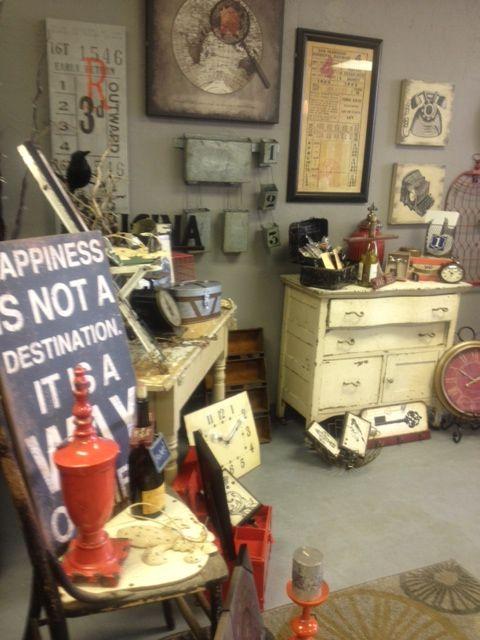 A Little Fun Retro Style Home Decor Splurge Boutique Llc Kennewick Wa Vintage Boutique Decor Home Decor