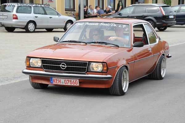 ascona b old school opel pinterest. Black Bedroom Furniture Sets. Home Design Ideas
