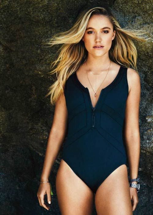 Maika Monroe Height Weight Body Statistics