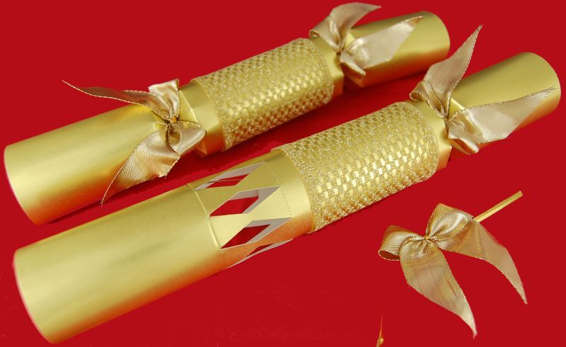 Make your own gold cracker by go crackers celebrate pinterest make your own gold cracker by go crackers solutioingenieria Choice Image