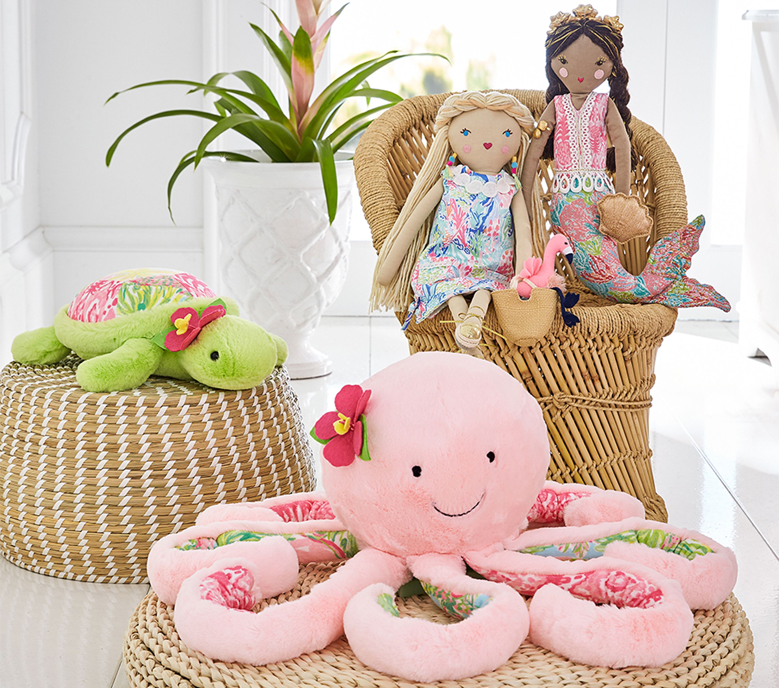 Lilly Pulitzer Exclusively For Pottery Barn Pottery Kids: Lilly Pulitzer And Pottery Barn's New Collection Will Make