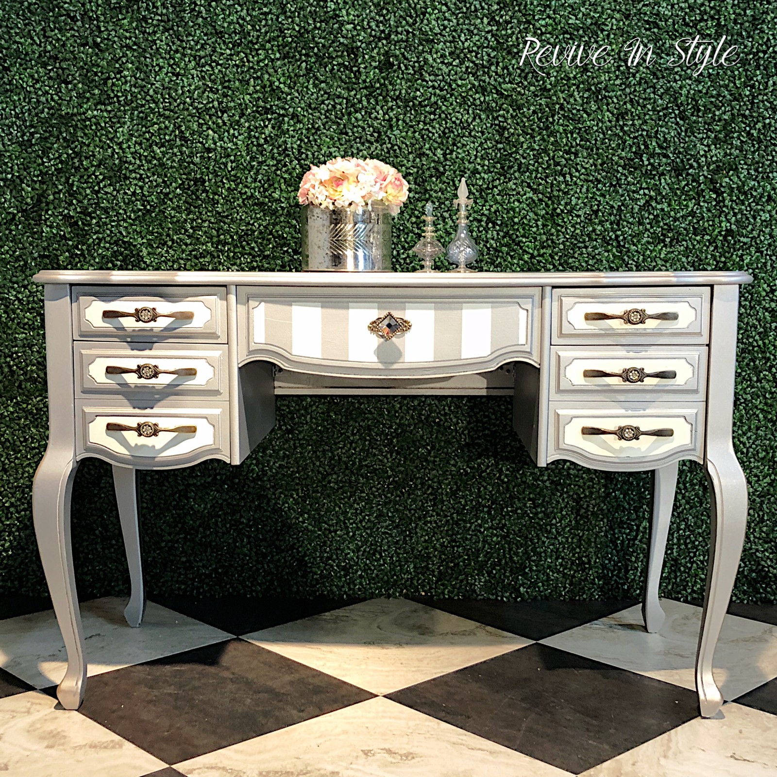 Painted and refinished vintage and antique furniture by revive in style general finishes shabby paints heirloom traditions and modern masters used