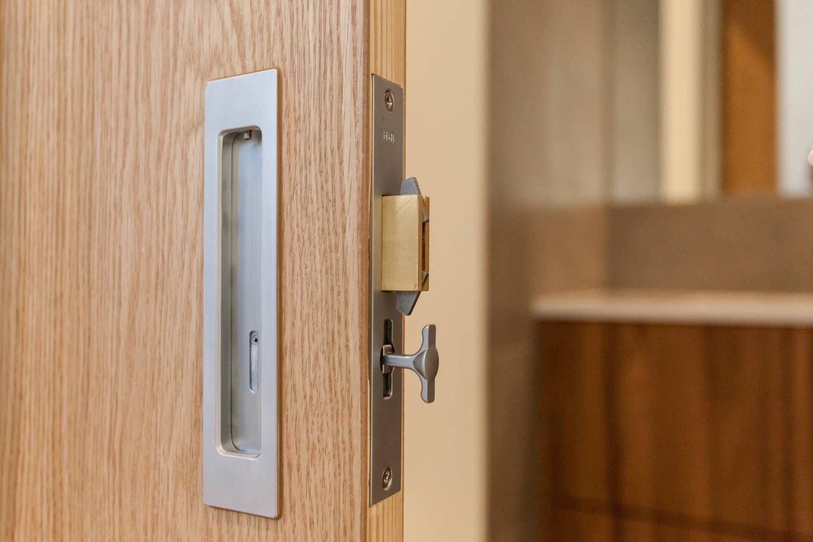Door Lock Detail For Sliding Door In Custom Contemporary Home By Bcn Homes In Arlington Va Sliding Doors Built Ins Contemporary House