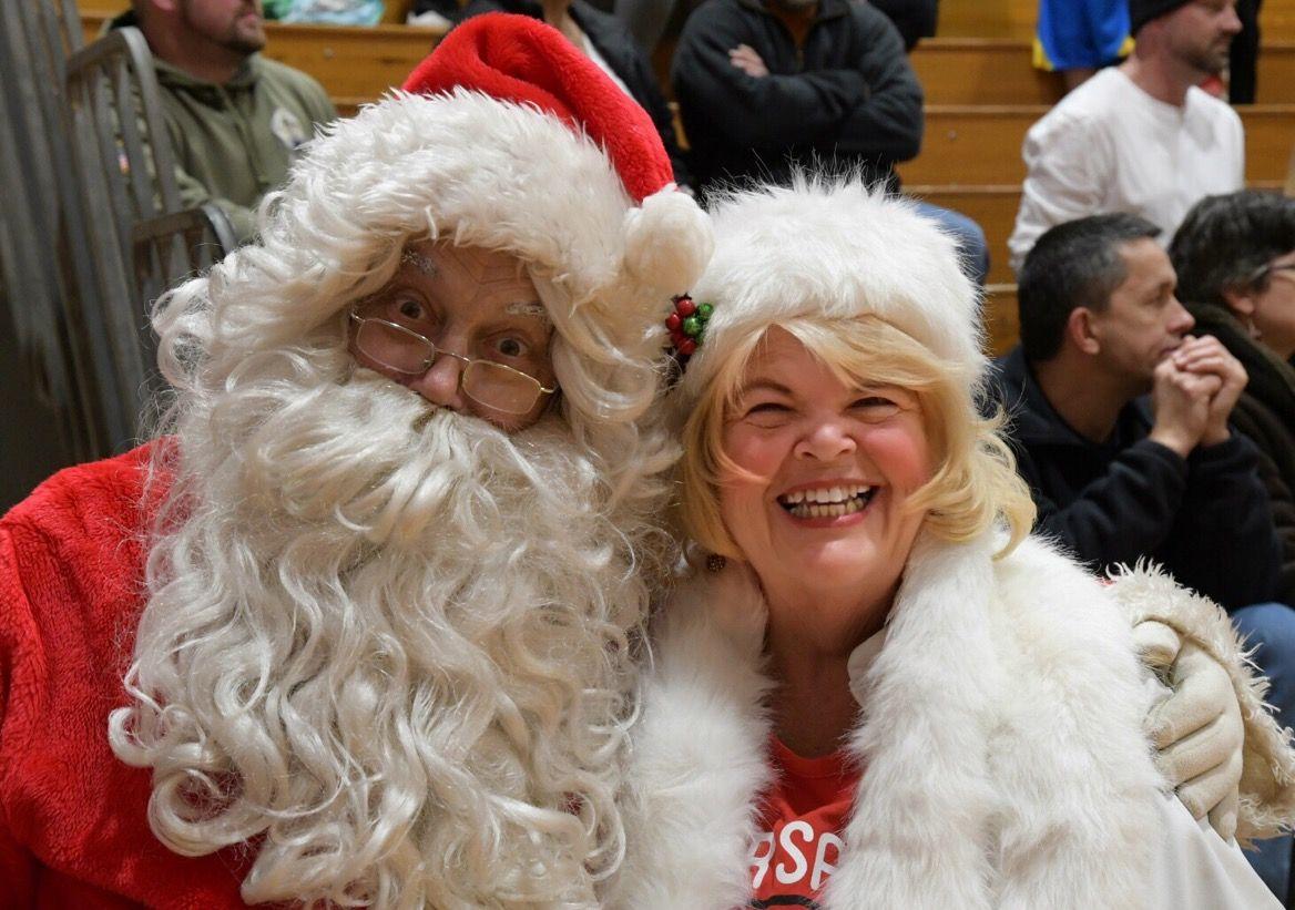 Santa Amp Me At The Varsity Basketball Game Pal Mac Hs