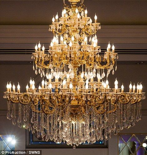 ITALIAN STYLE CHANDELIER Harmony Staircase lighting Hand
