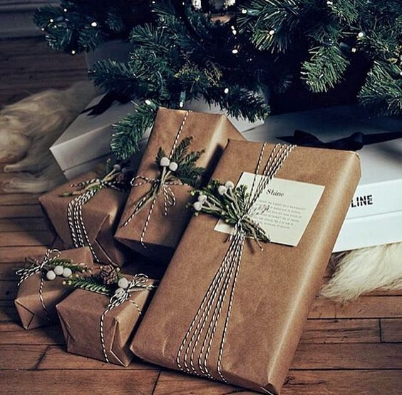 Cute Christmas Gift Wrapping Ideas Coz There is Nothing Better Than Personalised Christmas Gifts - Hike n Dip