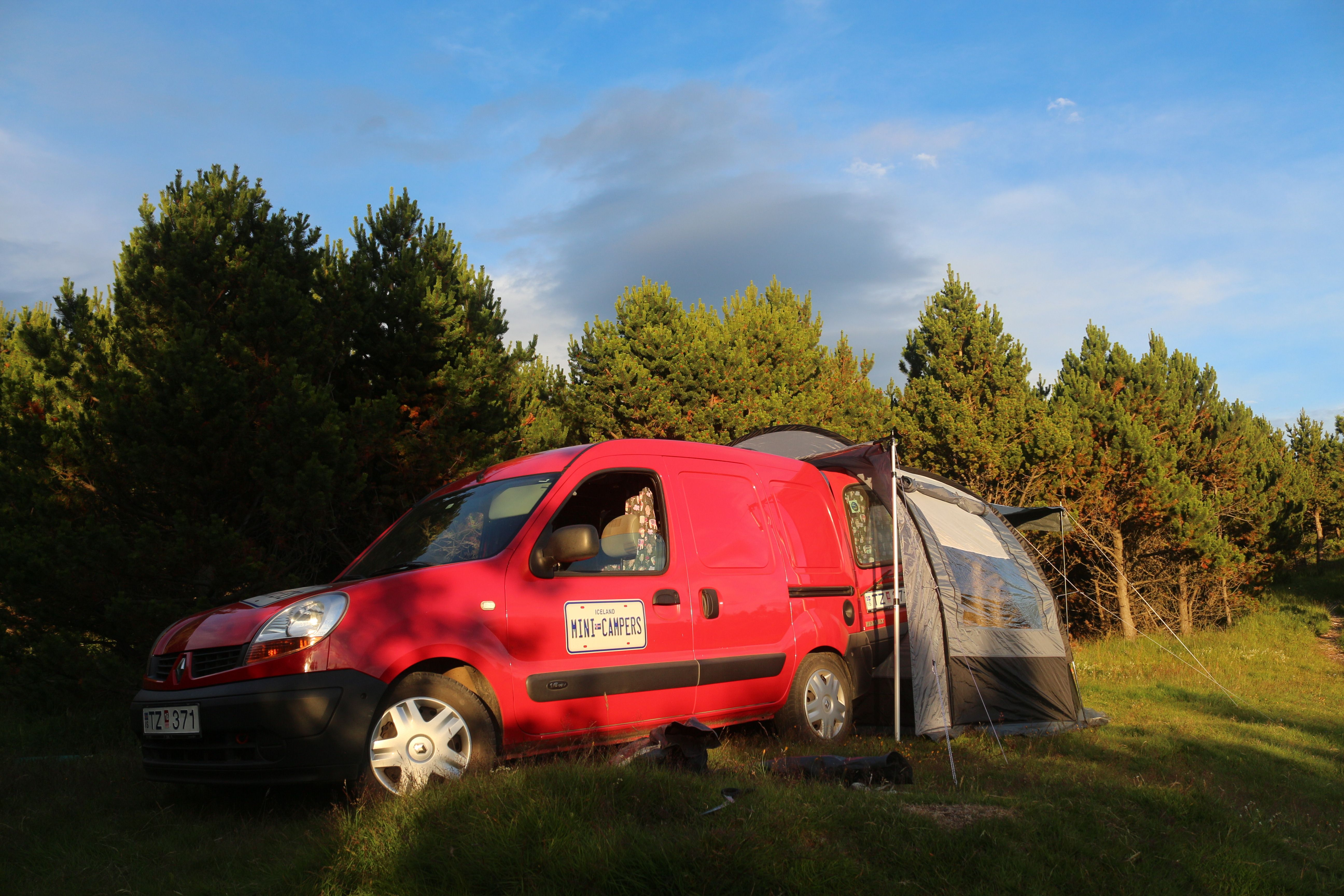 renault kangoo mini camper with rear tent option camping. Black Bedroom Furniture Sets. Home Design Ideas