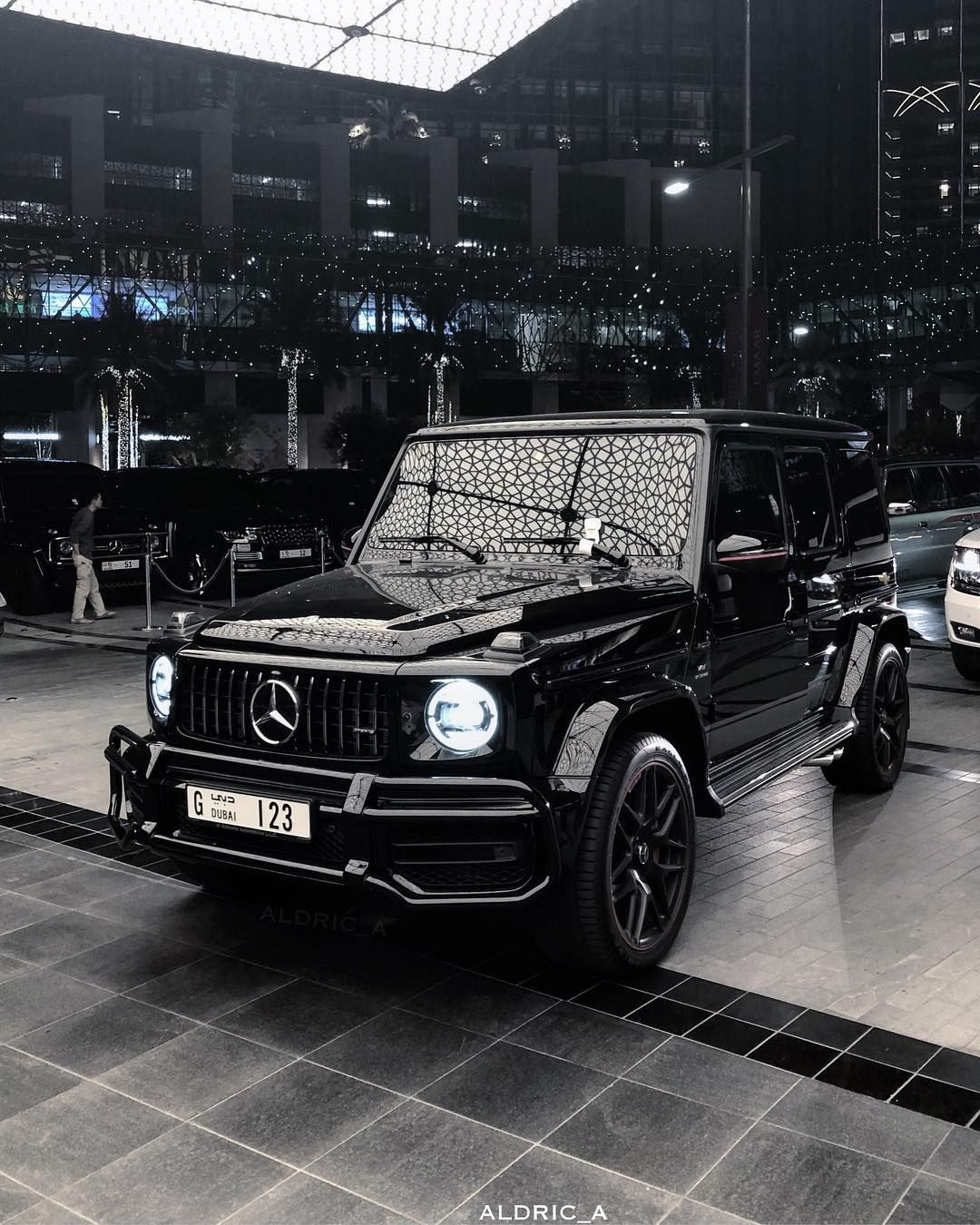 Pin By Twala On Luxury Cars Mercedes Benz G Class Mercedes Benz Cars Mercedes G Wagon