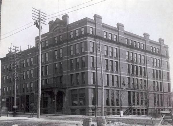 Buchtel Hotel - Built in 1884 at the SE corner of Main and Mill - razed in the 1940's