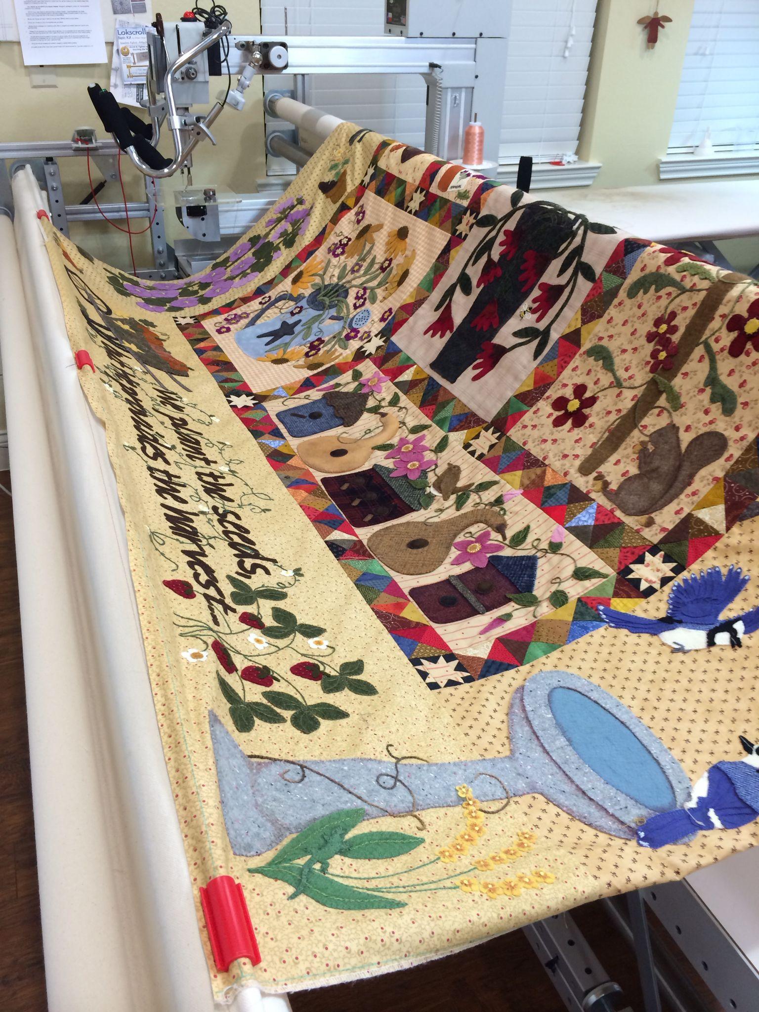 Pattern From Primitive Gatherings Titled A Primitive Garden Quilt Made By Rhonda Dort Applique Quilts Garden Quilt Quilts