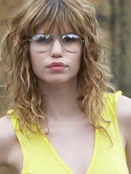 Medium Length Curly Haircuts Medium Length Curly Hair Curly Hair Styles Haircuts For Wavy Hair