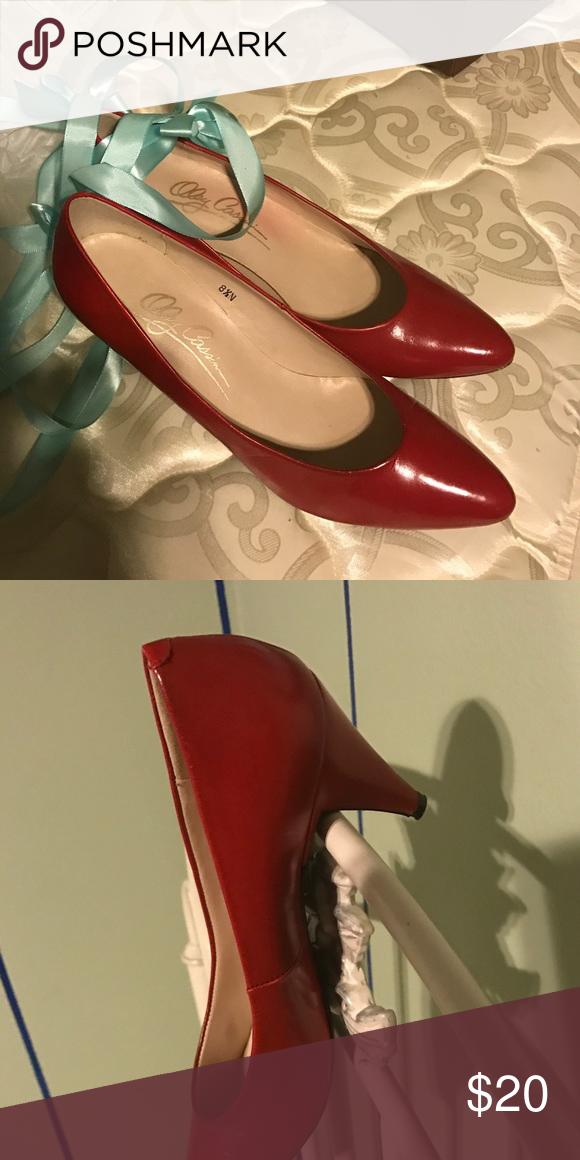 Oleg Cassini red heels! Beautiful red