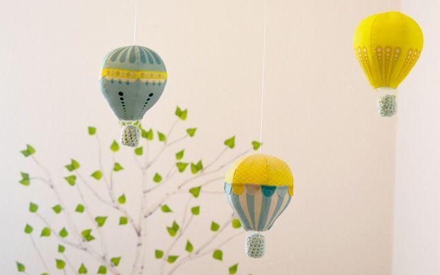 ✄ DIY : un mobile bébé montgolfières ✄ | Decoration and Etsy