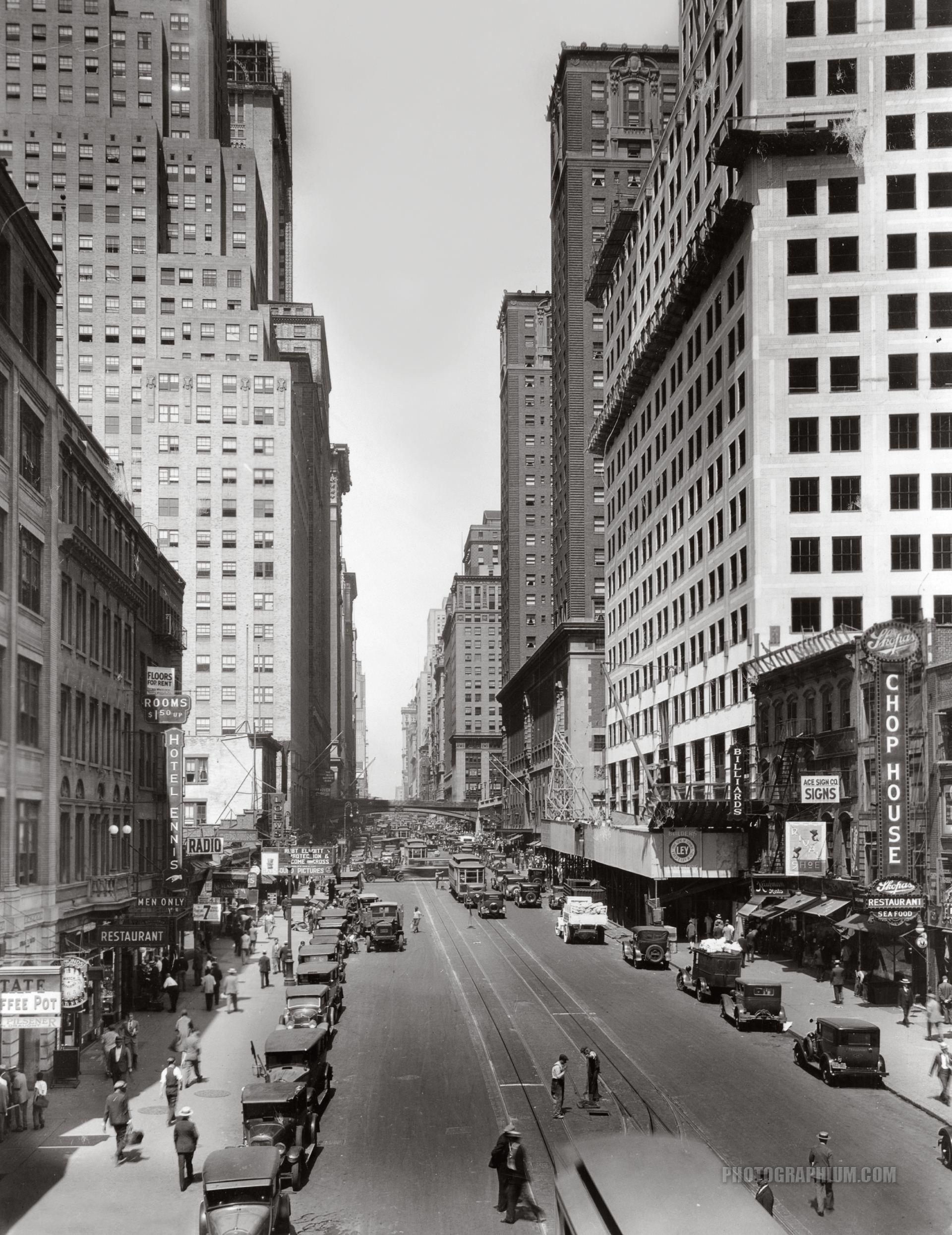 York City Streets 42nd Street And Lexington Avenue