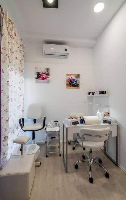 Pin By Uqlia Hasna On Salon Home Nail Salon Nail Room Nail Salon Design