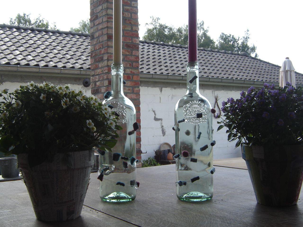 wijnfles met vilten parels