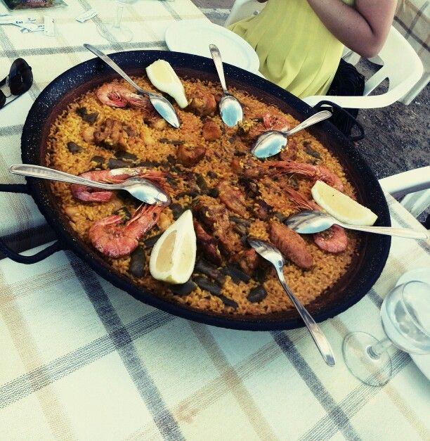 Paella valenciana, deliciosa y nunca suficiente para mí!