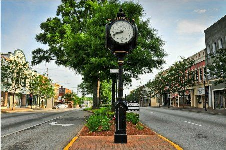 Best Small Towns Cities In Usa Small Town America Small Towns Usa Small Town Life