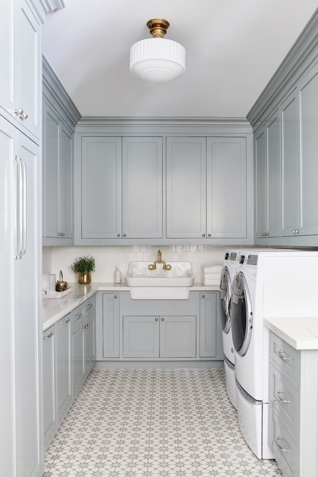 The Color Trends We Re Obsessed With Grey Laundry Rooms Blue