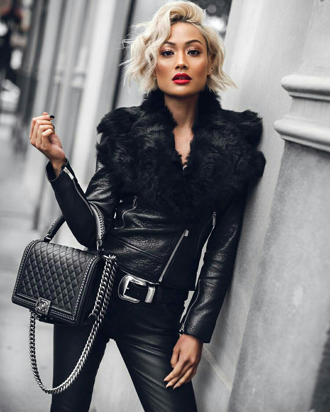 Pin by Silvia Piccinini Costenaro on Women's style | Fashion, Micah  gianneli, Leather street style
