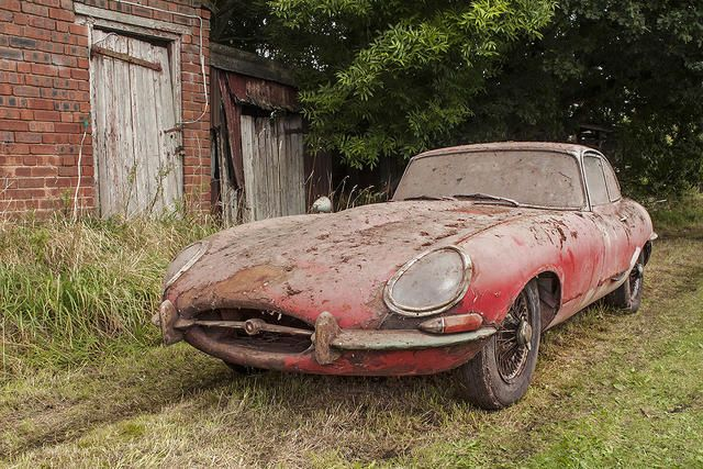 Barn Find Jaguar E Type Sells For GBP80800