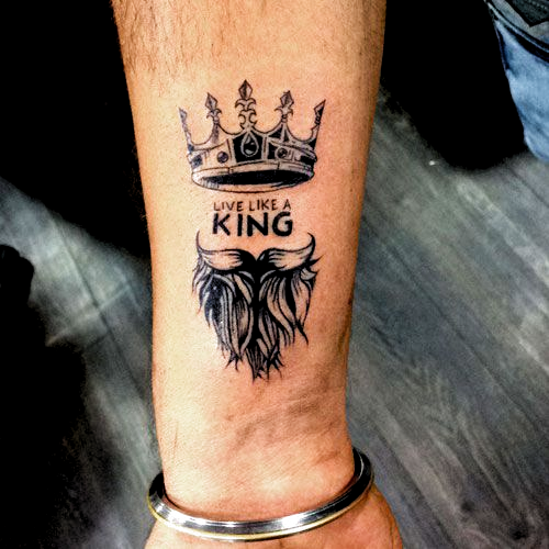 Small Tattoos Best Tattoos For Men Cool Tattoo Ideas For Guys With Badass Designs Tattoos Tattoo In 2020 Cool Tattoos For Guys Small Tattoos For Guys Cool Tattoos