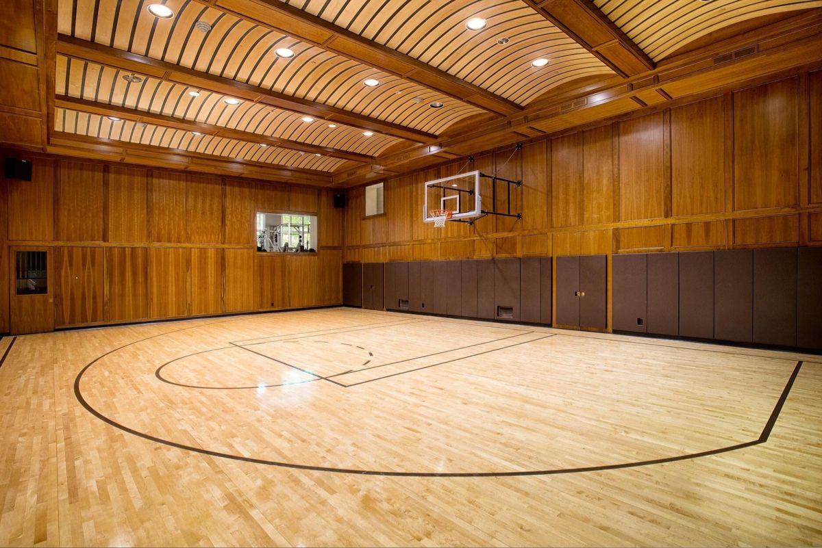 150 Basketball Courts Ideas In 2021 Basketball Basketball Court Basketball Wallpaper