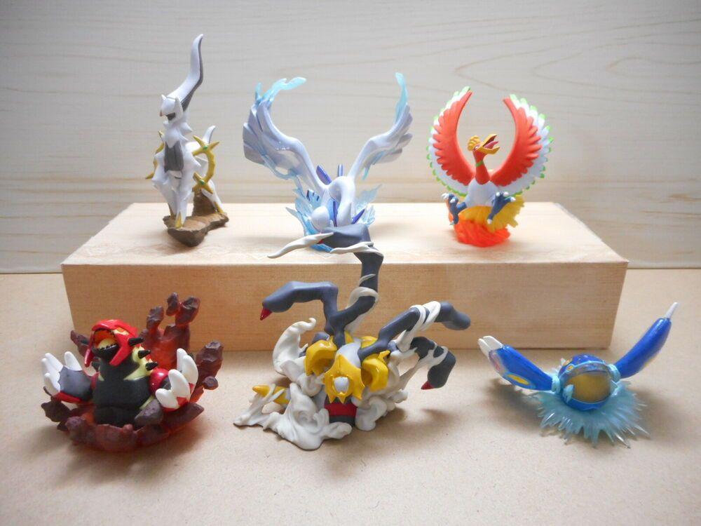 Pokemon Preorder Diamond and Pearl figure Palkia and Dialga Kaiyodo.