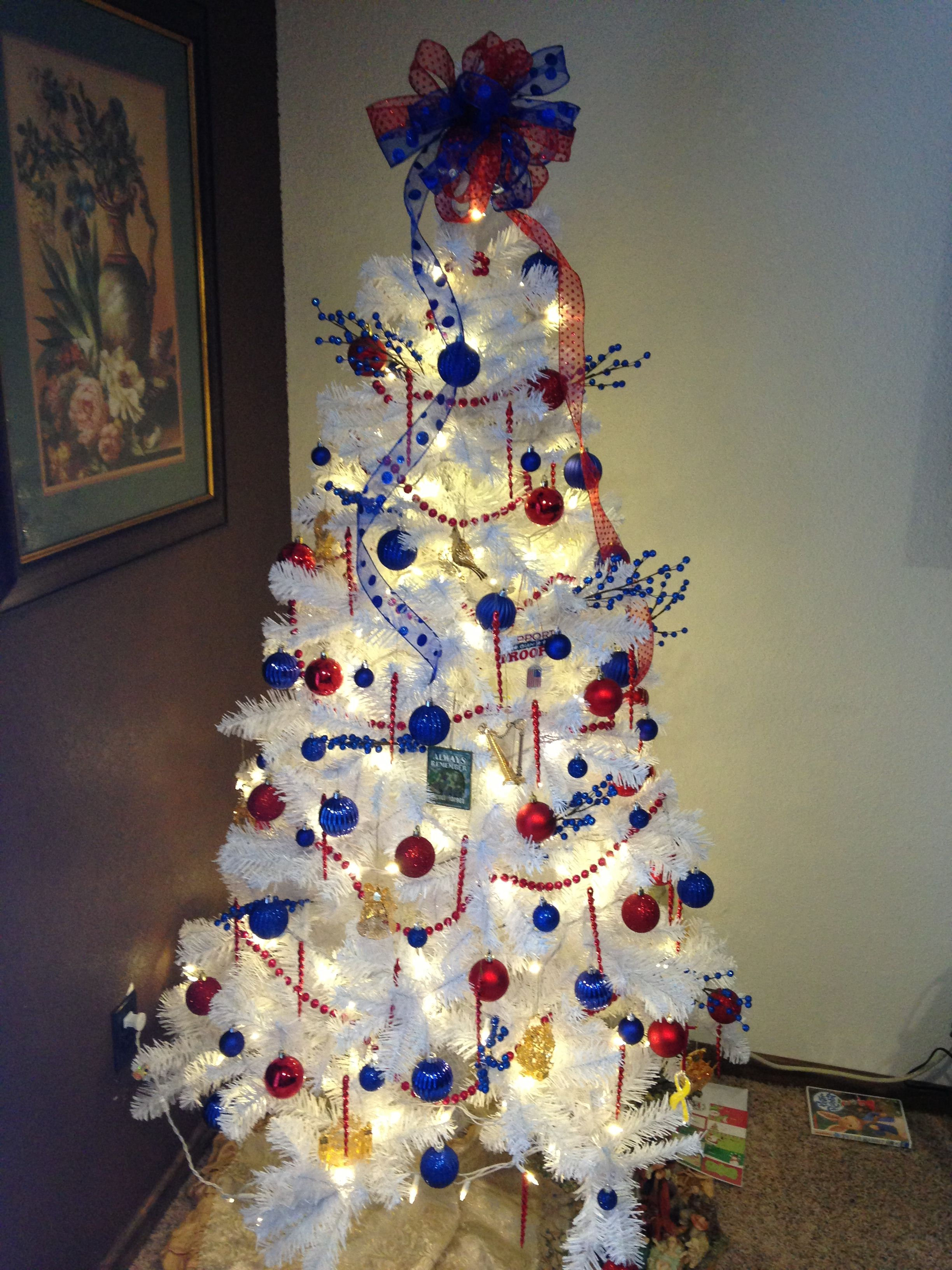Patriotic Christmas Tree White