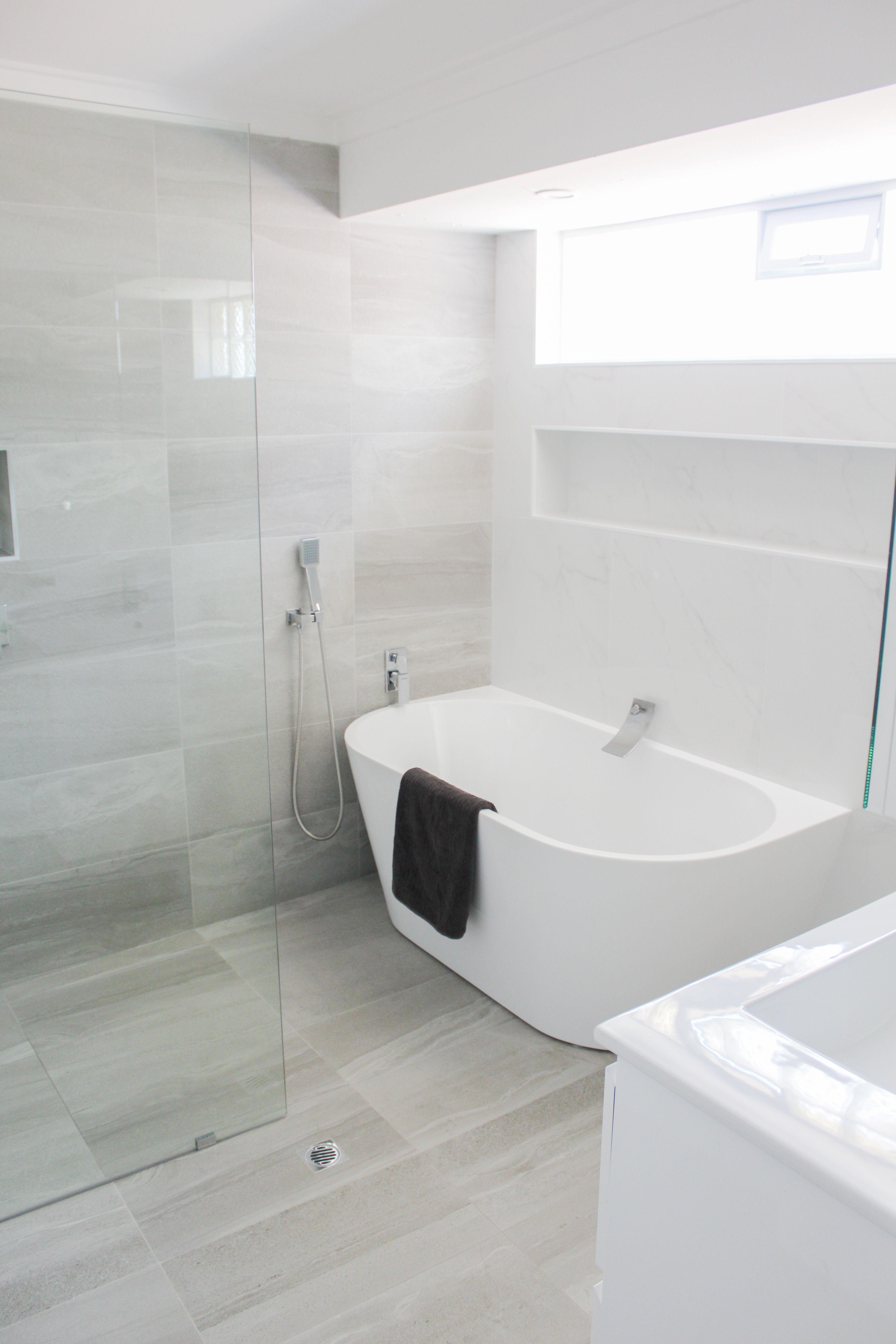 Walk In Wet Room Designs: Wet Room Set Up, Walk In Shower, Bath In Shower Area