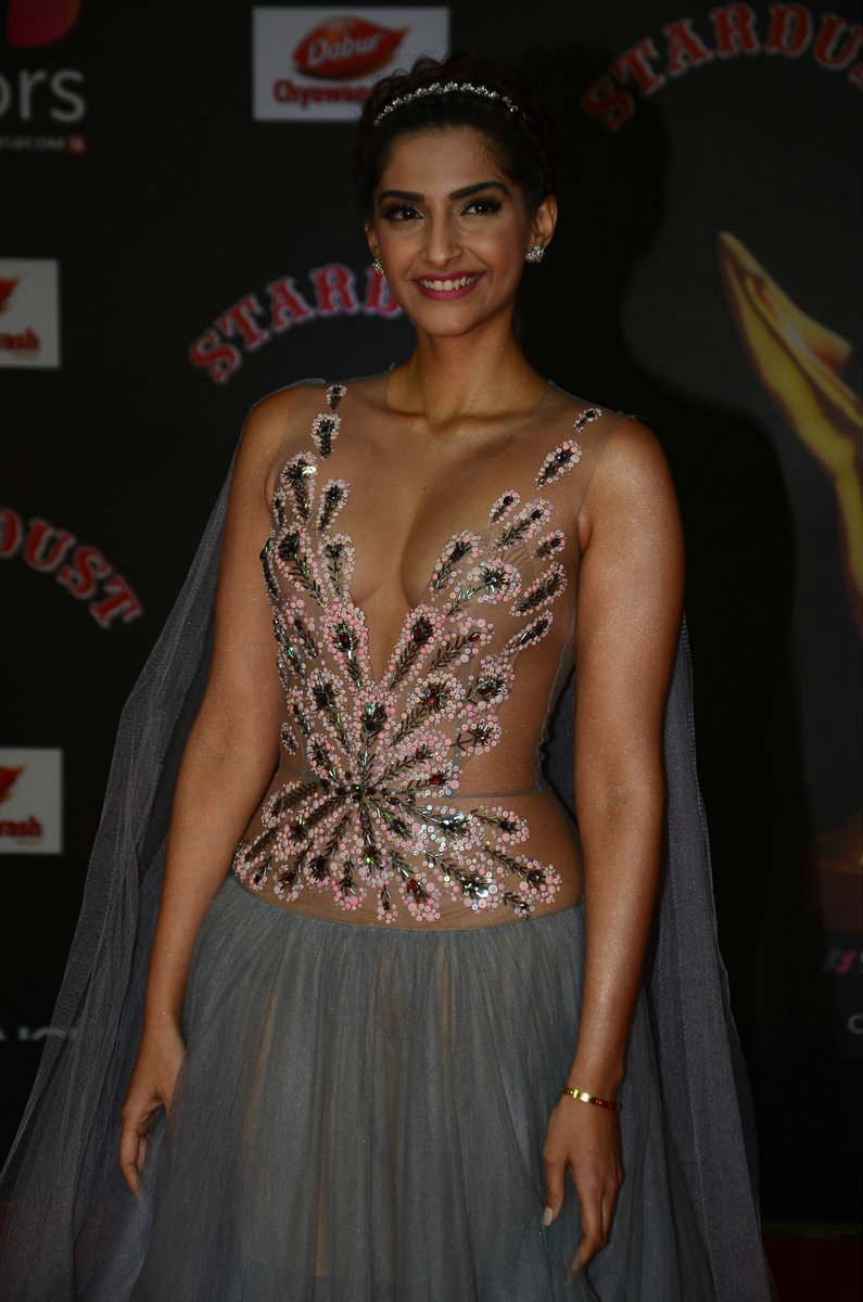 Sonam Kapoor In Sizzling Curvy Transparent Gown Stills -1707