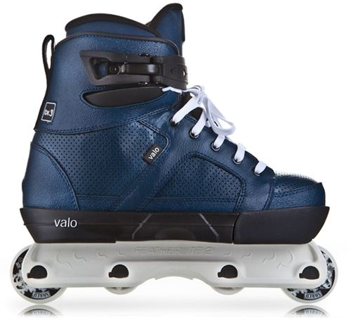 Awesome Looking Cobalt Valo Tv 3 With White Featherlite Frames With While Aggressive Skates Rollerblading Inline Skating