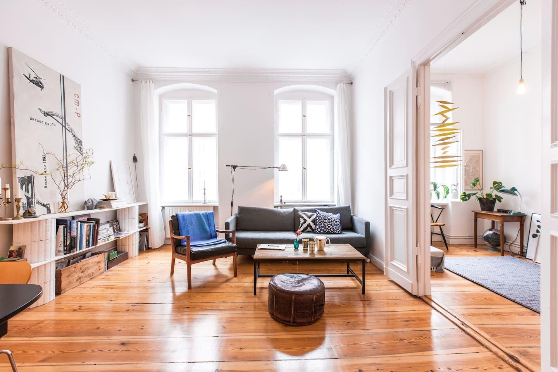 Clean Spacious Kreuzberg Apt Wohnungen Zur Miete In Berlin Berlin Deutschland Wohnung Wohnung Mieten Altbauwohnung