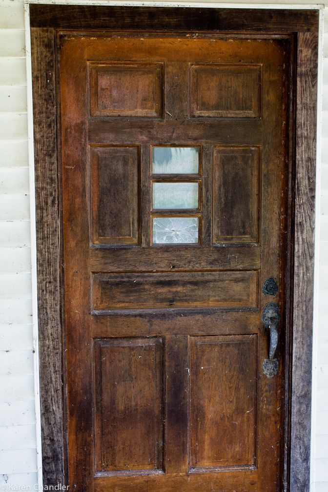 This abandoned house in Savannah, Ohio had a mystery door next to ...