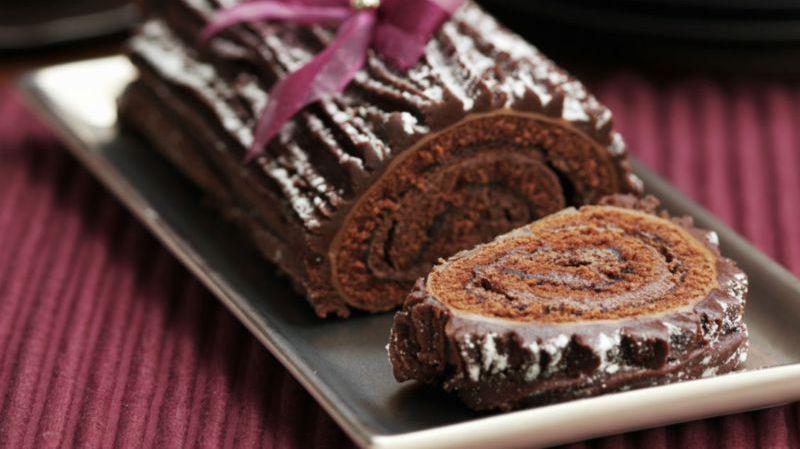 Buche De Noel A La Mousse Au Chocolat Recette Mousse Au
