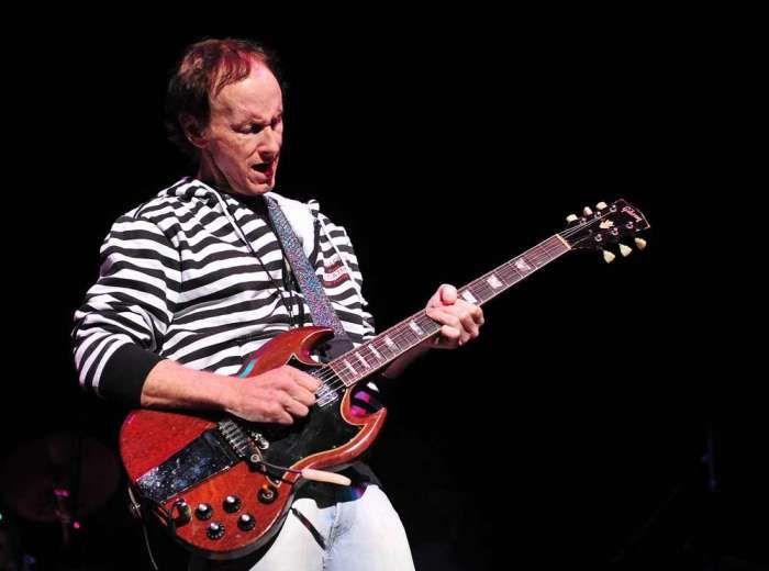 The Doors\u0027 guitarist Robby Krieger talks about the Experience .  sc 1 st  Pinterest & The Doors\u0027 guitarist Robby Krieger talks about the Experience ...