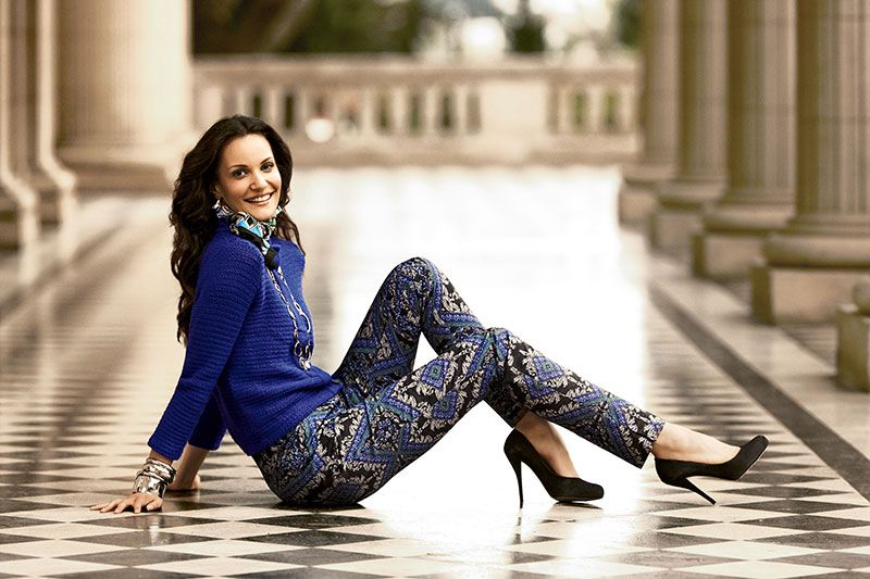 Rhapsody in Blue – a love song to the printed pant, the silky scarf, and so much more… #chicos