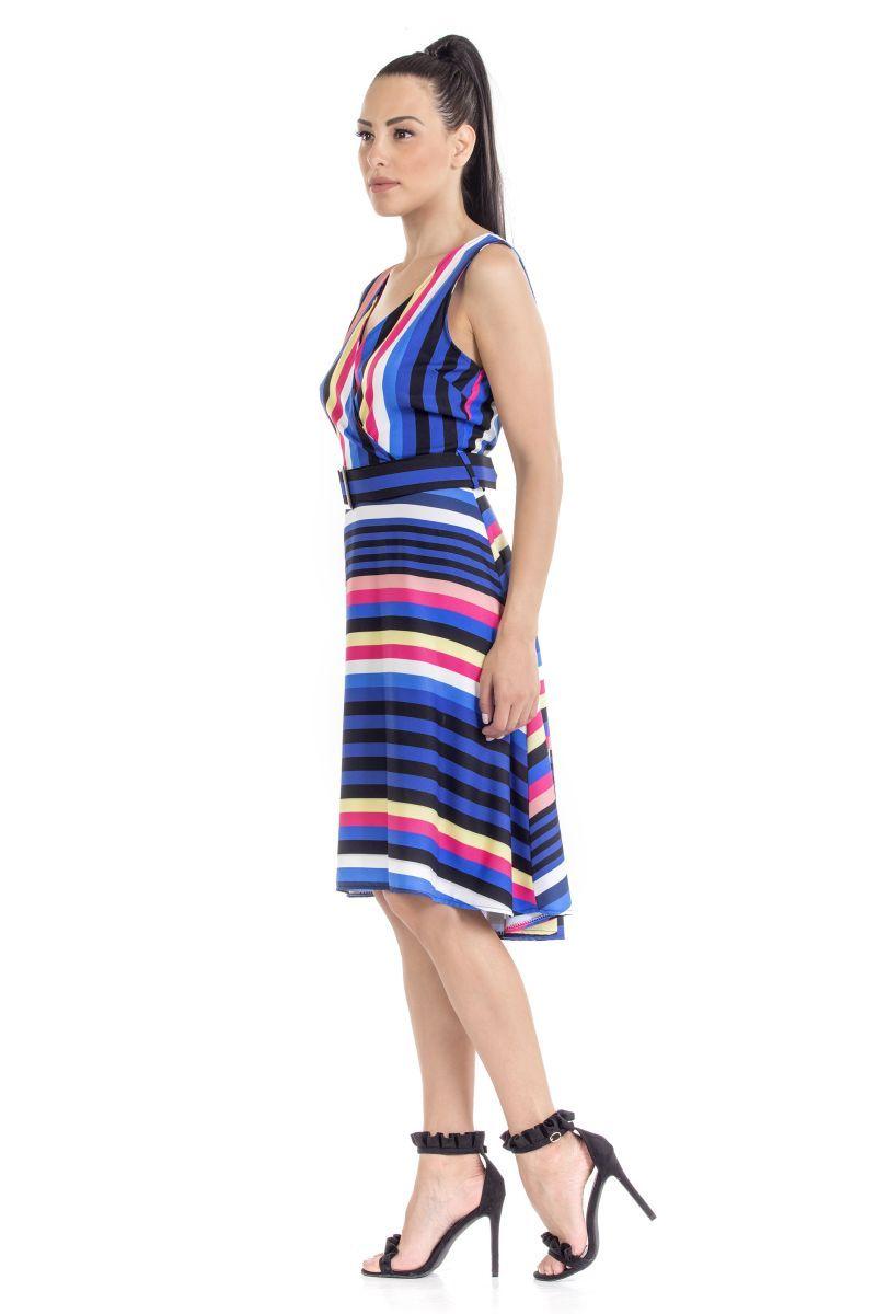 bdfa60acfbde -Φόρεμα ριγέ αμάνικο -Με ζώνη από το ίδιο ύφασμα -Κρυφό φερμουάρ στο πίσω