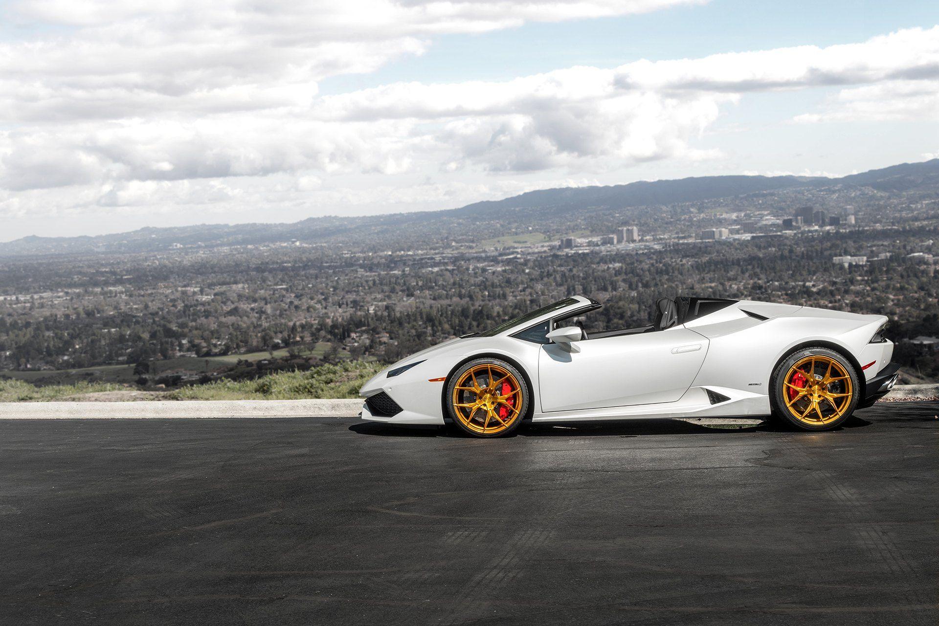 Double Luxury White Lamborghini Huracan On Gold Wheels Car