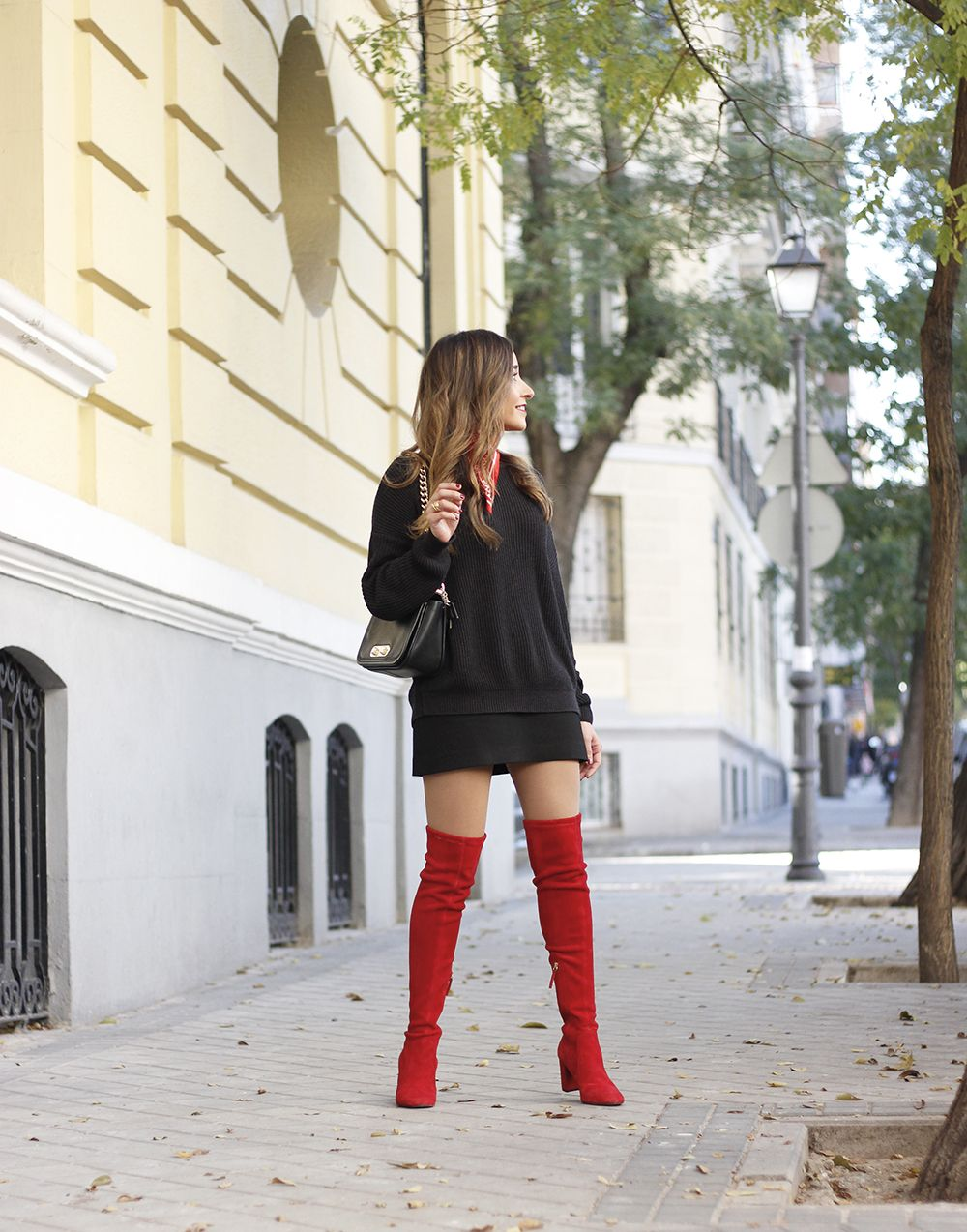 Black outfit and red over the knee boots boot overknee different