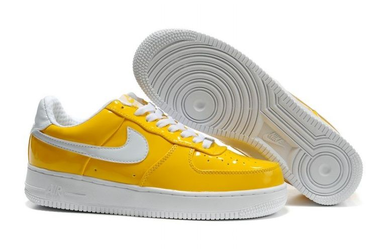 Nike Air Force 1 07 Yellow Patent Le White