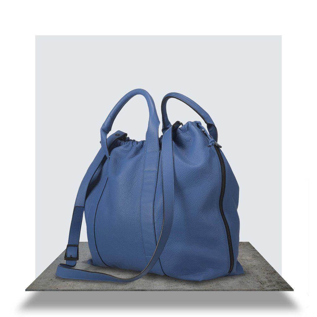 40312bd70c5f Big blue leather bag - handbag. 1 x zipped inside pocket
