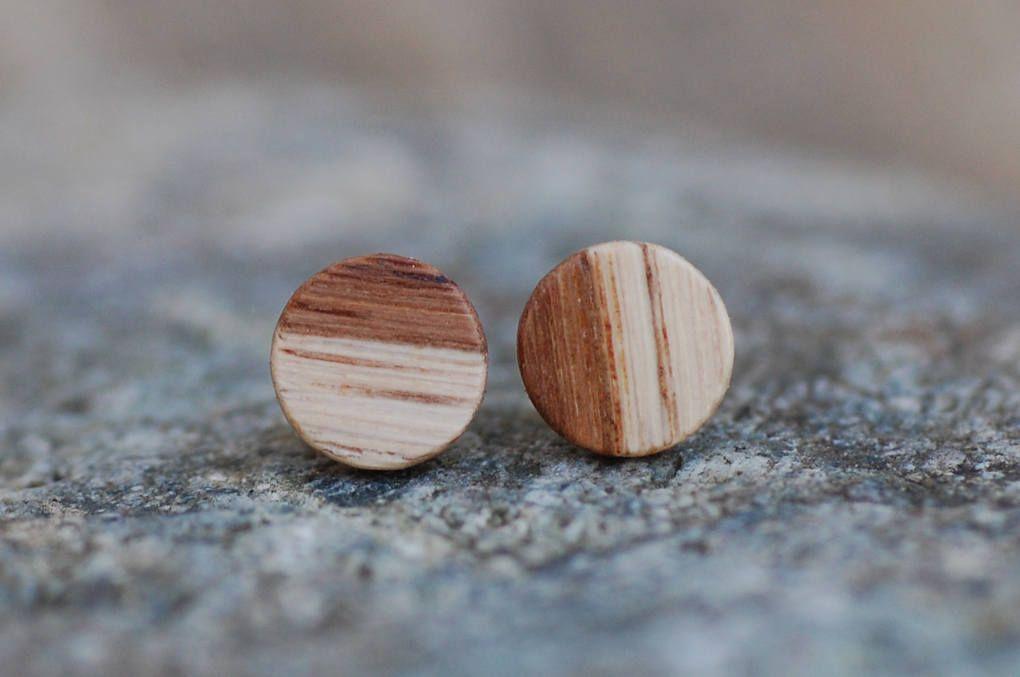 Holzohrstecker Aus Weinrebe Handgemacht 8 Mm Wein Holz Etsy Ear Piercings Stud Earrings Jewelry