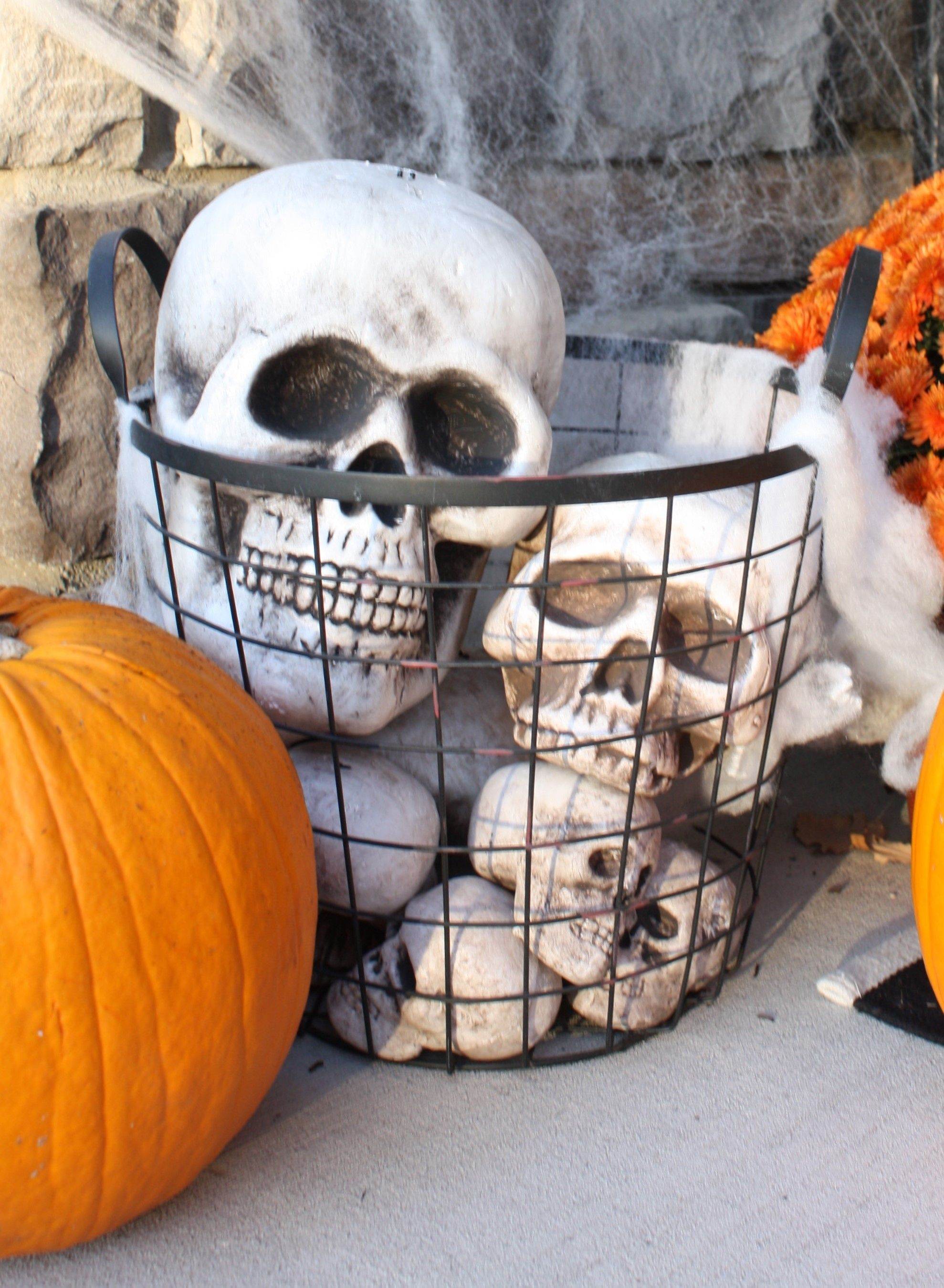Halloween Front Porch: Enter If You Dare