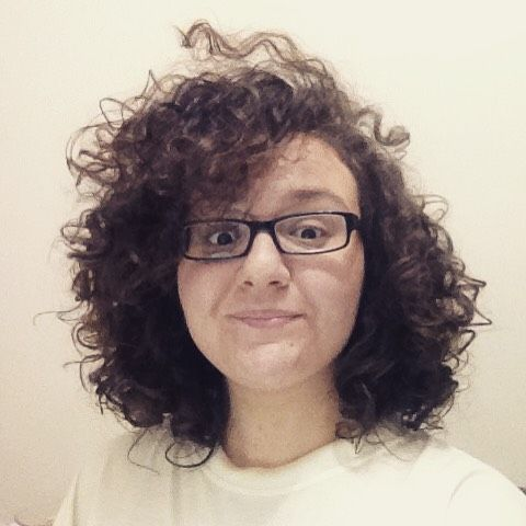 Corte em camadas cabelo cacheado 3A. Foto: Mariana do blog Cacheia.