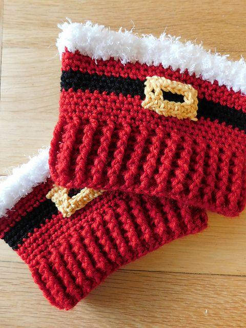 Santa Boot Cuffs -free crochet pattern- (365 Crochet) | Santa boots ...