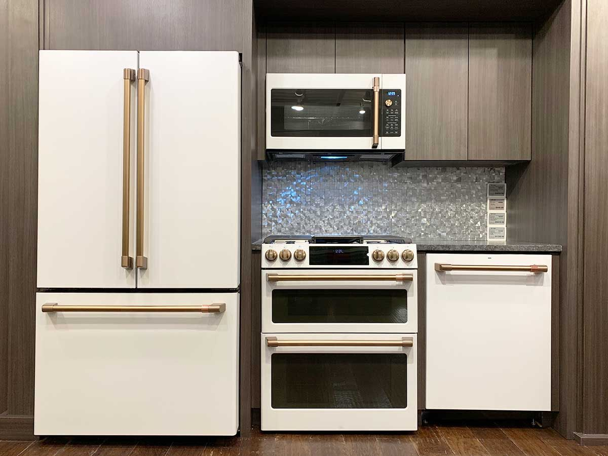 Should You Buy Appliances Online Or In Store Reviews Ratings Kitchen Appliance Trends Buying Appliances Copper Kitchen Appliances